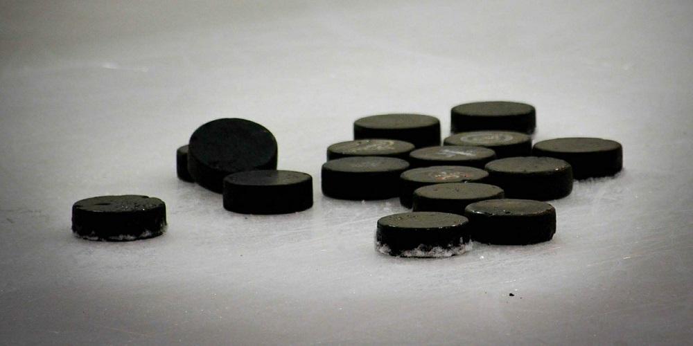 Ishockeypuckar